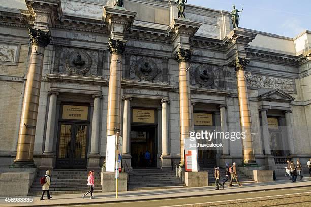 royal museo de bellas artes en bruselas - región de bruselas capital fotografías e imágenes de stock