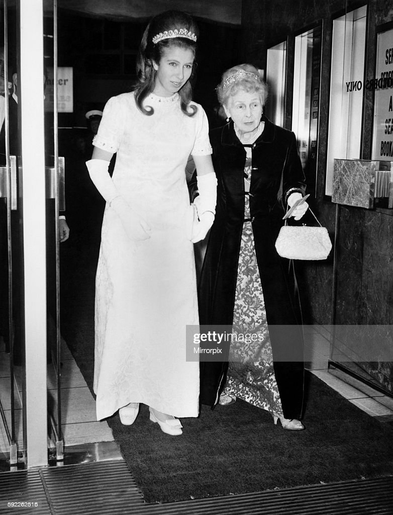 A Royal night at the cinema. (Left to right) Princess Anne and Princess Alice arriving at the Warner Theatre. November 1 : News Photo