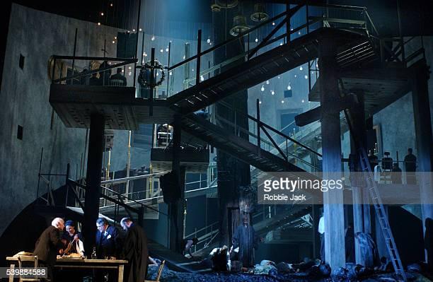 royal opera production of the greek passion - robbie jack stock-fotos und bilder