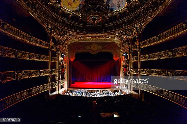royal operah house - royal opera house london stock pictures, royalty-free photos & images