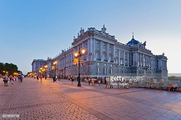 royal palace in madrid - madrid royal palace stock pictures, royalty-free photos & images