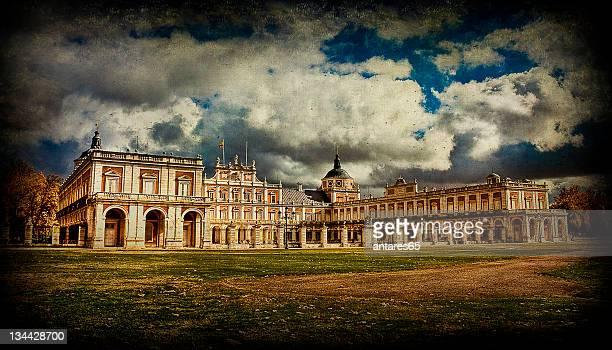 royal palace of aranjuez - madrid royal palace stock pictures, royalty-free photos & images