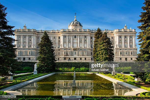 royal palace of madrid - madrid royal palace stock pictures, royalty-free photos & images