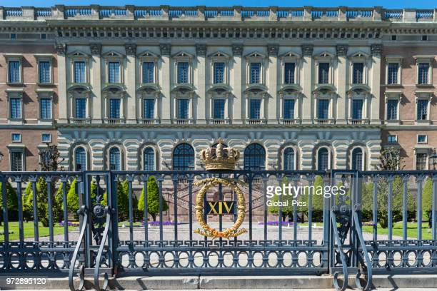 royal palace of stockholm - sweden - the stockholm palace stock pictures, royalty-free photos & images