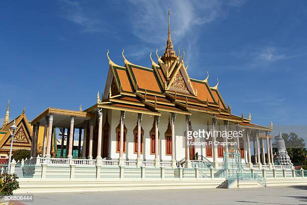 royal palace phnom penh, silver pagoda, cambodia - phnom penh stock pictures, royalty-free photos & images