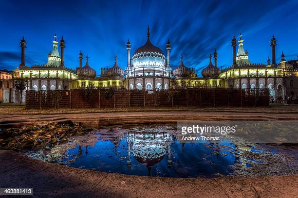 royal pavilion brighton - brighton england stock pictures, royalty-free photos & images