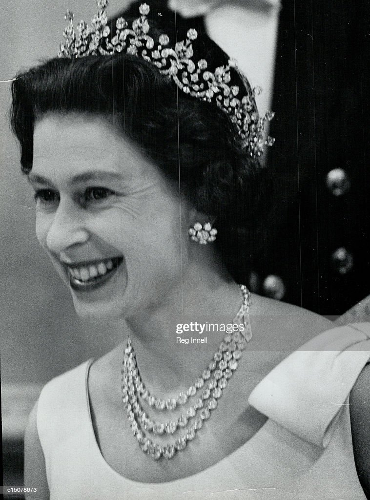 Royal Tours - Queen Elizabeth and Prince Philip (Canada 1967)... : News Photo