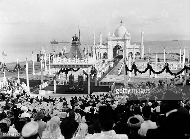 Royal Visit of King George V and Queen Mary to India A large crowd gathered to witness the arrival of the king and Queen in Bombay December 1911