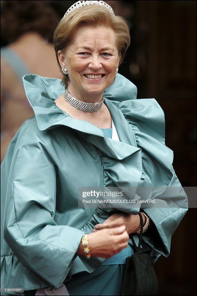 Royal Wedding Of Prince Frederik And Mary Donaldson, Arrivals At The Cathedral In Copenhagen, Denmark On May 14, 2004. : Foto jornalística
