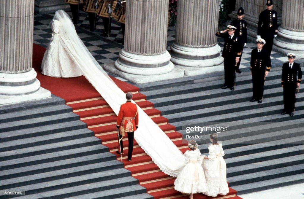 Royal Wedding, 1981, Prince Charles, Diana Princess of Wales : News Photo