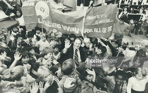Royal welcome Television's Al Waxman King of Kensington gets a boisterous reception from his fans as he arrives at Scarborough Civic Centre to...
