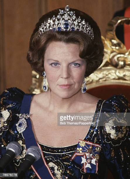 Royalty, Guildhall, London, England, November 1982, Queen Beatrice of the Netherlands attending a banquet during her State visit to Britain