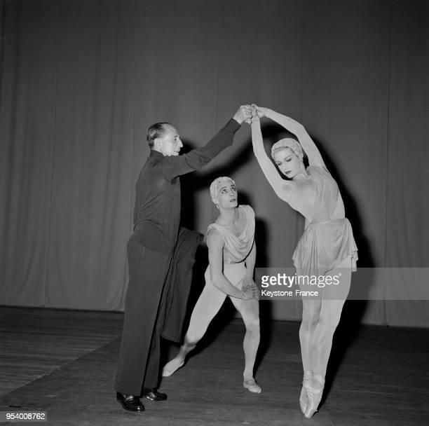Répétition du grand ballet de Jorge Cuevas Bartholin au théâtre Sarah Bernardt avec les danseurs Wladimir Skouratoff et Jacqueline Moreau à Paris...