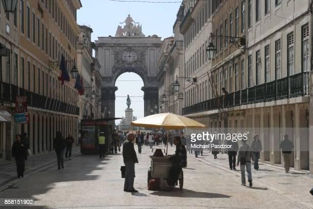 rua augusta - rua stock pictures, royalty-free photos & images