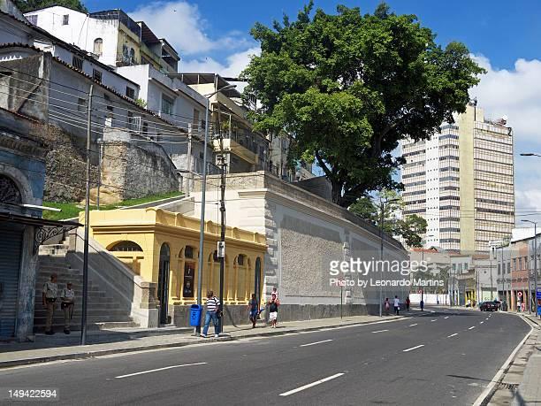 rua camerino with old urinal - rua stock-fotos und bilder