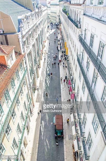 rua do ouro desde lo alto del ascensor de santa justa - rua fotografías e imágenes de stock