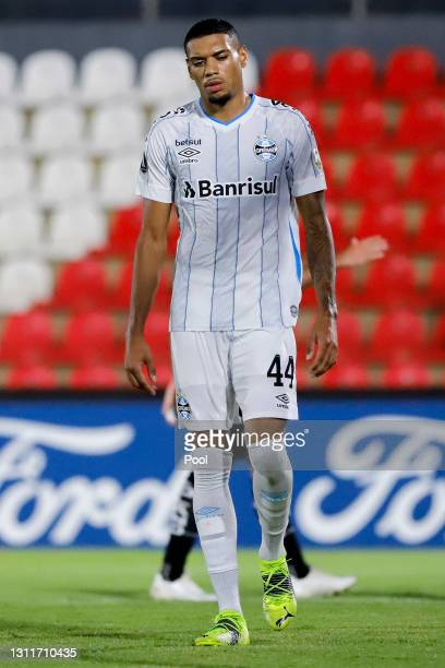 Ruan of Gremio leaves the field after receiving a red card during a third round first leg match between Independiente del Valle and Gremio as part of...