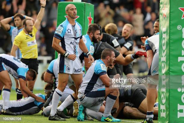Ruan Pienaar of Montpellier looks dejected at Callum Chick of Newcastle Falcons scores a match winning last minute try during the Champions Cup match...