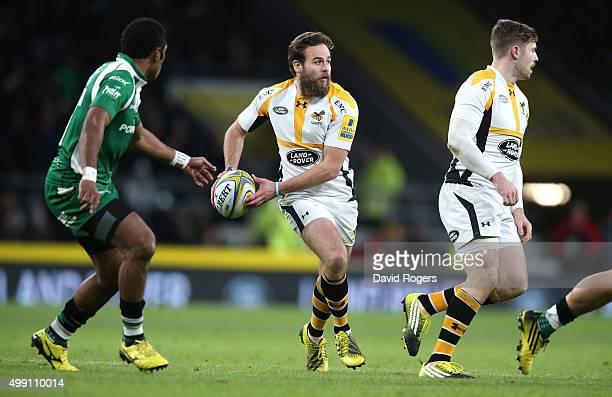 Ruaridh Jackson of Wasps runs with the ball during the Aviva Premiership match between London Irish and Wasps at Twickenham Stadium on November 28...