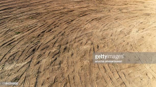 rubber marks on floor soil. - partire bildbanksfoton och bilder