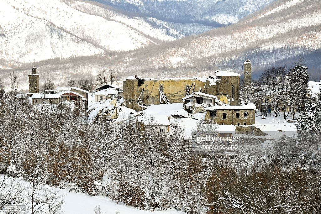 ITALY-QUAKE-WEATHER : News Photo