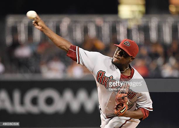 Rubby De La Rosa of the Arizona Diamondbacks pitches during the first inning of a baseball game against the San Diego Padres at Petco Park September...