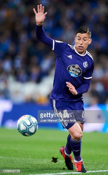 Ruben Alcaraz of Real Valladolid CF in action during the Liga match between Real Sociedad and Real Valladolid CF at Estadio Anoeta on February 28...