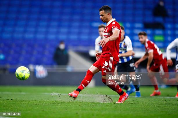 Ruben Castro of FC Cartagena scores his side's 2nd goal from the penalty spot during the Liga Smartbank match betwen RCD Espanyol de Barcelona and...