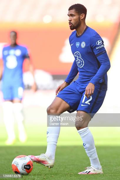 Ruben LoftusCheek of Chelsea controls the ball during the Premier League match between Sheffield United and Chelsea FC at Bramall Lane on July 11...