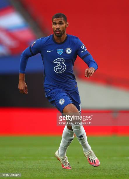 Ruben LoftusCheek of Chelsea in action during the FA Cup Semi Final match between Manchester United and Chelsea at Wembley Stadium on July 19 2020 in...