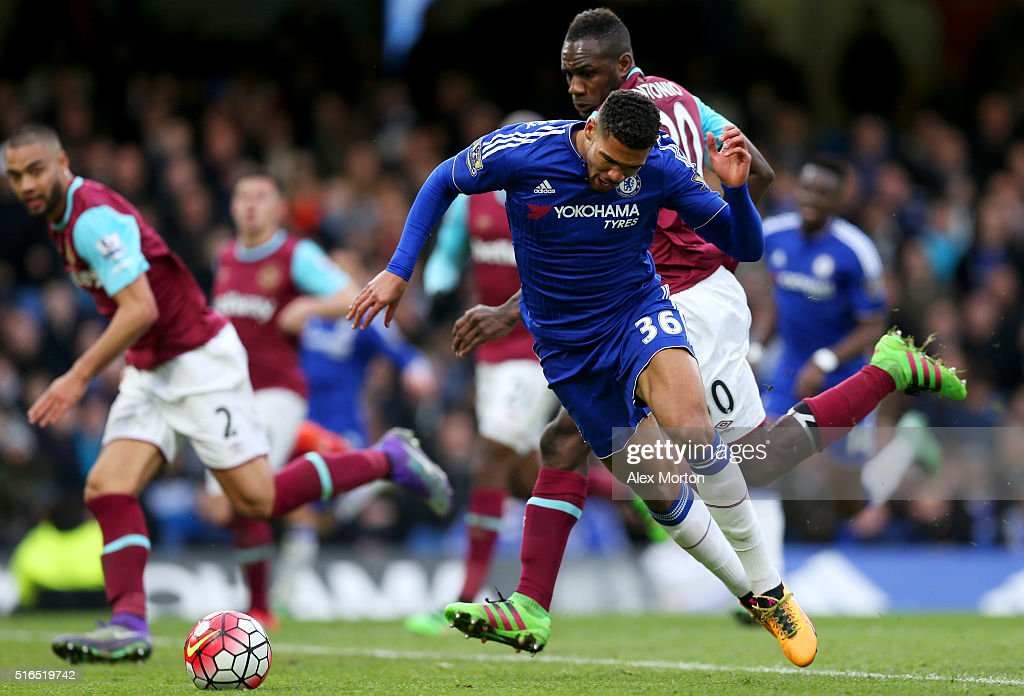 Ruben Loftus-Cheek of Chelsea is challenged by Michail Antonio of West Ham United resulting in a penalty during the Barclays Premier League match between Chelsea and West Ham United at Stamford Bridge on March 19, 2016 in London, United Kingdom.