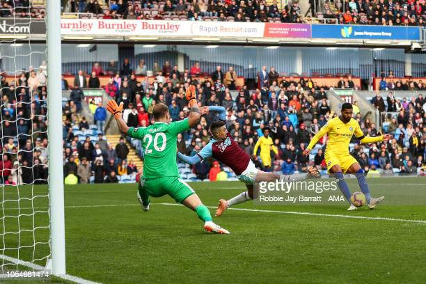 Ruben LoftusCheek of Chelsea scores a goal to make it 04 during the Premier League match between Burnley FC and Chelsea FC at Turf Moor on October 28...