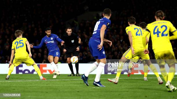Ruben LoftusCheek of Chelsea scores his hattrick goal during the UEFA Europa League Group L match between Chelsea and FC BATE Borisov at Stamford...