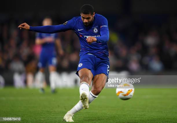 Ruben LoftusCheek of Chelsea shoots during the UEFA Europa League Group L match between Chelsea and Vidi FC at Stamford Bridge on October 4 2018 in...