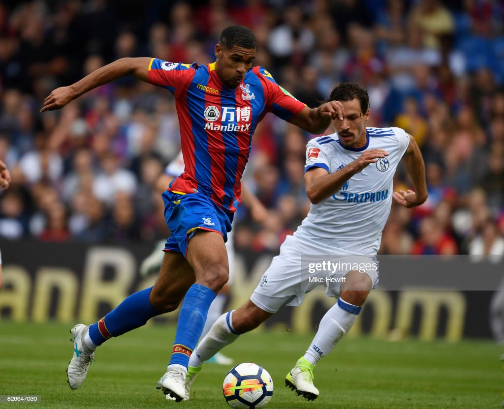 Ruben Loftus-Cheek of Crystal Palace in action during a Pre Season Friendly between Crystal Palace and FC Schalke 04 at Selhurst Park on August 5, 2017 in London, England.