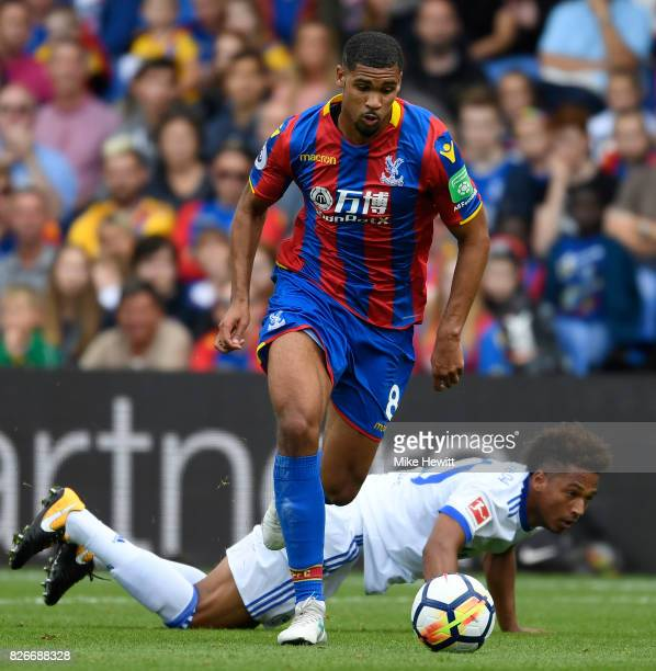 Ruben LoftusCheek of Crystal Palace in action during a Pre Season Friendly between Crystal Palace and FC Schalke 04 at Selhurst Park on August 5 2017...