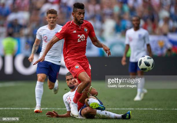 Ruben LoftusCheek of England competes for the ball with Anibal Godoy of Panama during the 2018 FIFA World Cup Russia group G match between England...
