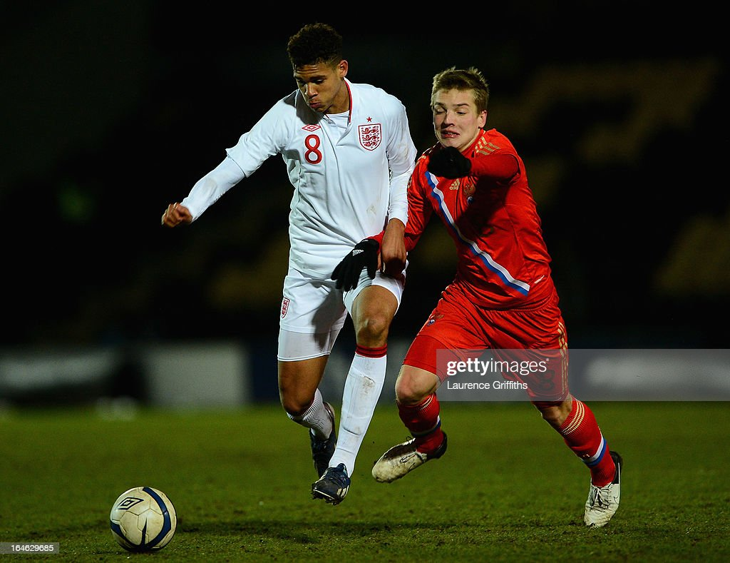Ruben Loftus-Cheek of England in action during the UEFA European Under-17 Championship Elite Round match between England Under-17 and Russia U-17at Pirelli Stadium on March 25, 2013 in Burton-upon-Trent, England.