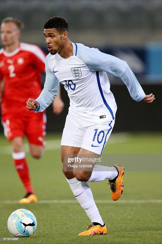 Ruben Loftus-Cheek of England U21 runs with the ball during the European Under 21 Qualifier match between Switzerland U21 and England U21 at Stockhorn Arena on March 26, 2016 in Thun, Switzerland.