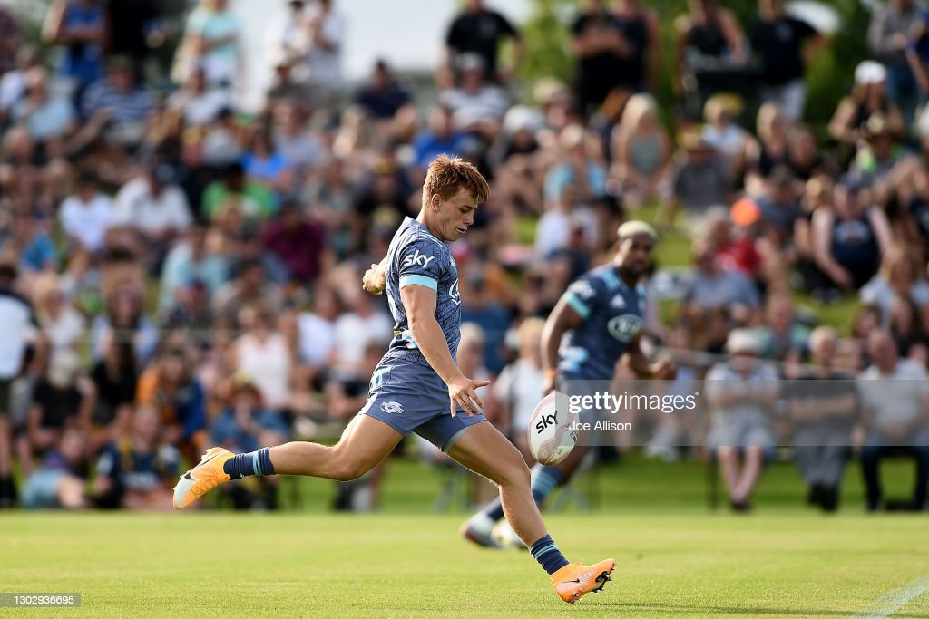 Highlanders v Hurricanes - Super Rugby Aotearoa Trial Match : News Photo
