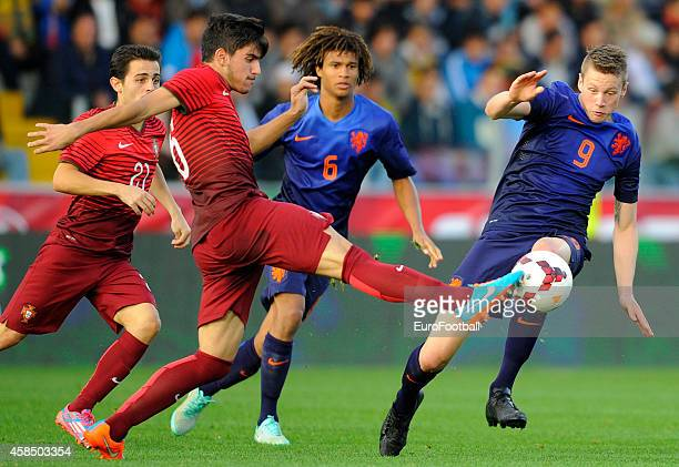 Ruben Neves of Portugal in action during the UEFA U21 Championship second leg playoff between Portugal and Netherlands at the Mata Real Stadium on...