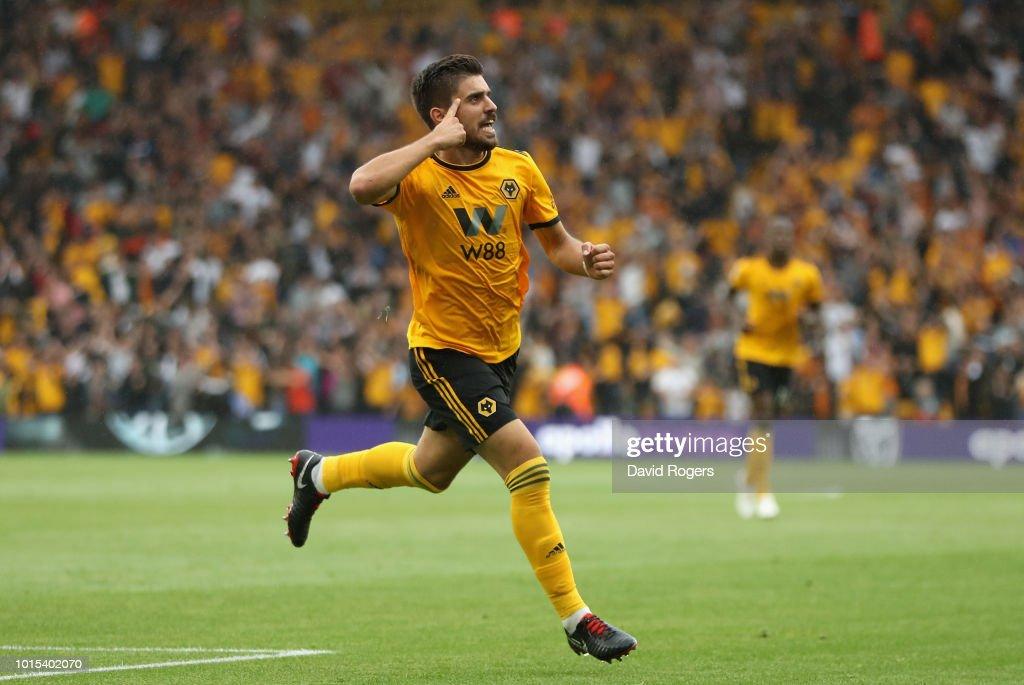 Wolverhampton Wanderers v Everton FC - Premier League : Nieuwsfoto's