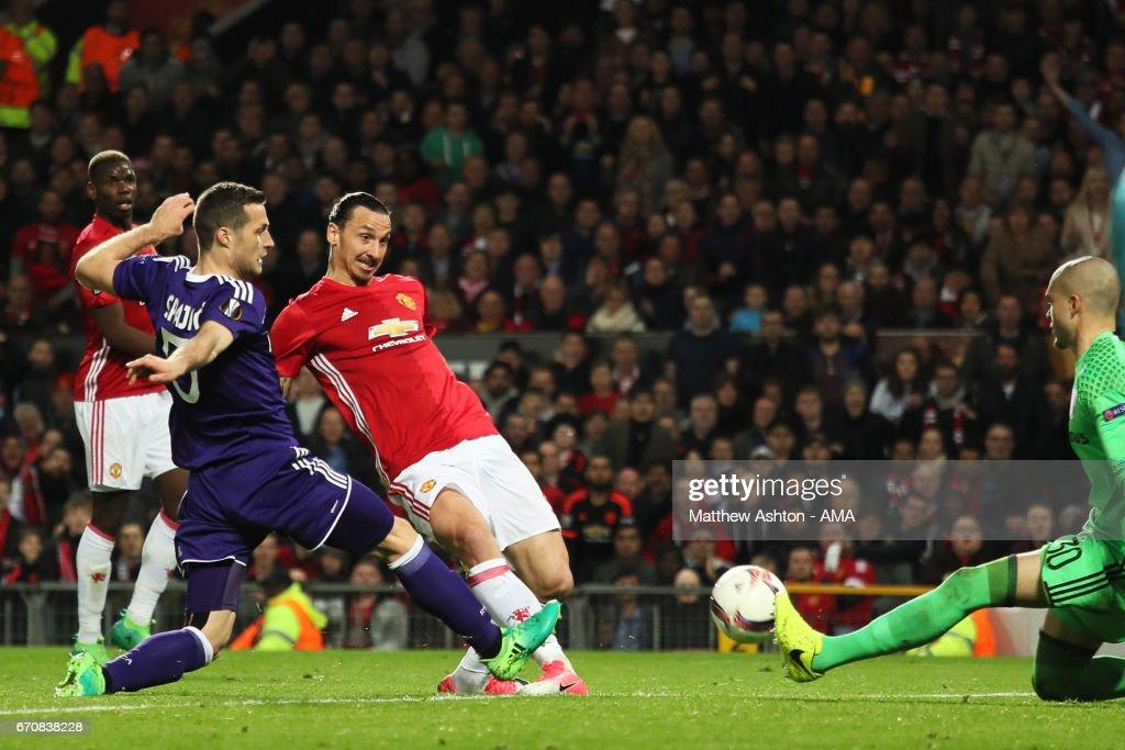 Manchester United v RSC Anderlecht - UEFA Europa League Quarter Final: Second Leg : News Photo