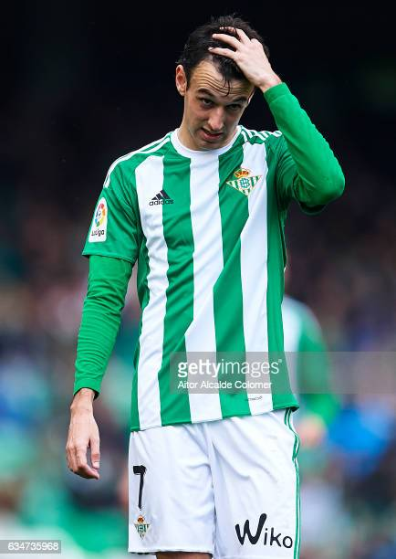 Ruben Pardo of Real Betis Balompie looks on during La Liga match between Real Betis Balompie and Valencia CF at Benito Villamarin Stadium on February...