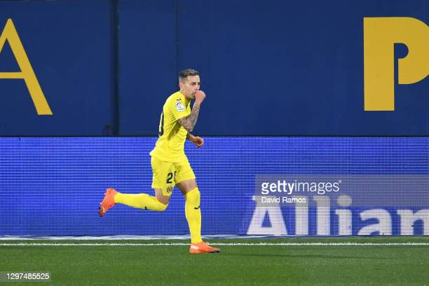 Ruben Pena of Villarreal celebrates after scoring their sides first goal during the La Liga Santader match between Villarreal CF and Granada CF at...