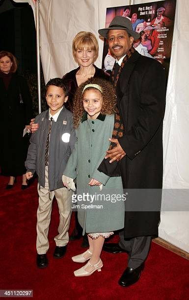 Ruben SantiagoHudson wife Jeannie son Trey and daughter Lily