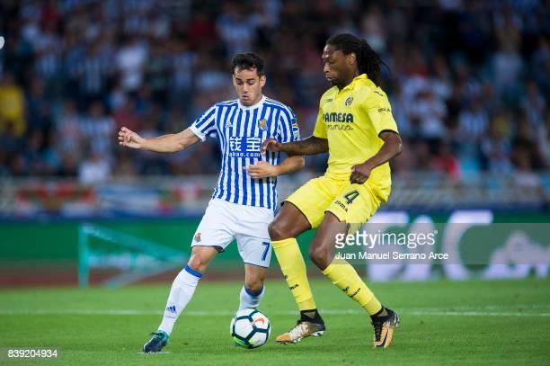 Ruben Semedo of Villarreal CF duels for the ball with Juan Miguel Jimenez 'Juanmi' of Real Sociedad during the La Liga match between Real Sociedad de...