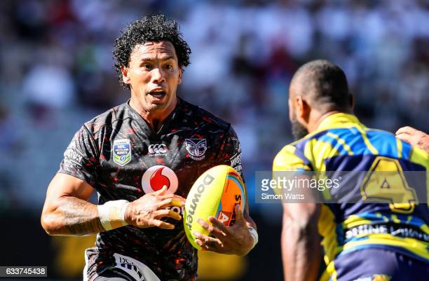 Ruben Wiki of the Warriors makes a break during the 2017 Auckland Nines match between the New Zealand Warriors and the Parramatta Eels at Eden Park...
