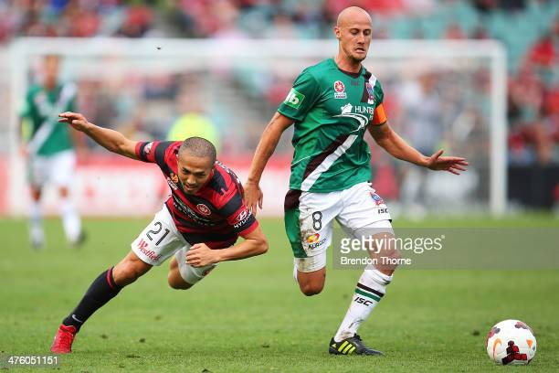 Ruben Zadkovich of the Jets competes with Shinji Ono of the Wanderers during the round 21 ALeague match between the Western Sydney Wanderers and the...