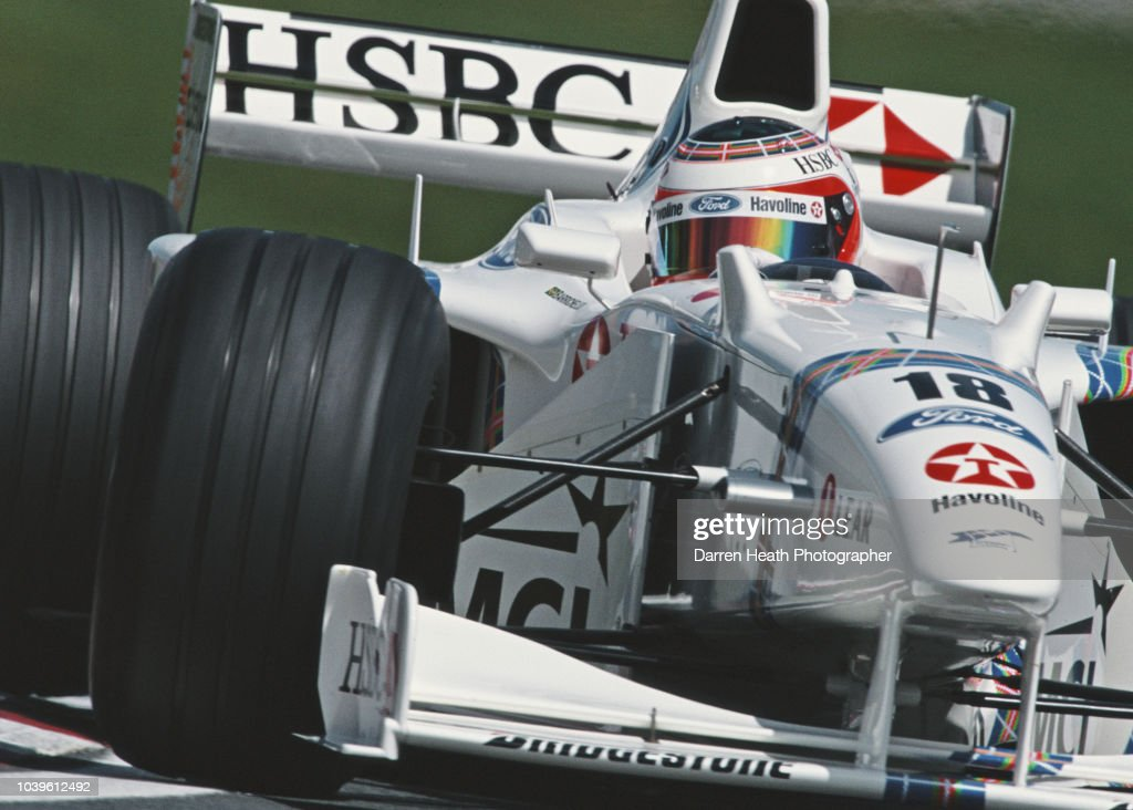 Rubens Barrichello of Brazil drives the #18 HSBC Stewart Ford F1 Team Stewart SF02 Ford Zetec V10 during the Formula One Canadian Grand Prix on 7 June 1998 at the Montreal Circuit Gilles Villeneuve on the Île Notre-Dame in Montreal, Canada.